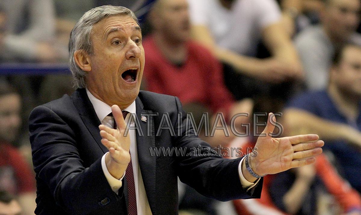 Svetislav Pešić nije više trener Barselone