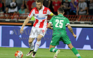 "02, August, 2016, Belgrade - Third qualifying round, second leg, for UEFA Champions League between FK Crvena zvezda (Serbia) and FC Ludogorets (Bulgaria) held on stadium ""Rajko Mitic"". Aleksandar Katai, #10 (FK Crvena zvezda, Serbia) and Yordan Minev, #25 (FC Ludogorets, Bulgaria). Photo: Antonio Ahel/ATAImages.  02, avgust, 2016, Beograd - Druga utakmica treceg kola kvaifikacija za UEFA Ligu sampiona odigrana na stadionu ""Rajko Mitic"" izmedju FK Crvena zvezda i FC Ludogorets (Bugarska) . Foto: Antonio Ahel/ATAImages"