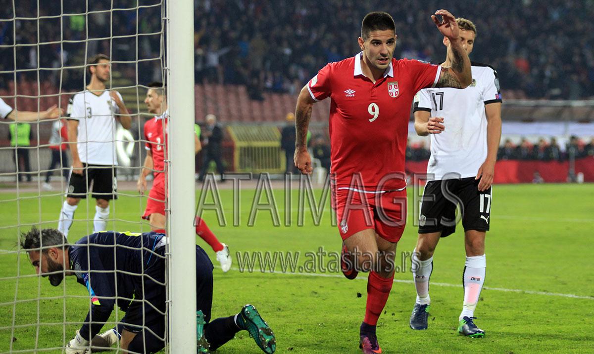 Mitrović nije teže povređen, tri nedelje van terena
