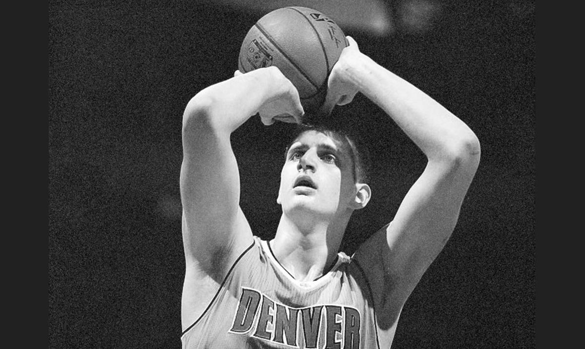 Pobeda Denvera, 12 poena Jokića