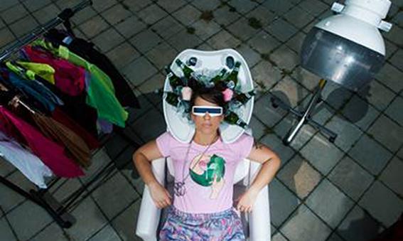 Mimi Mercedez je kraljica izolacije!