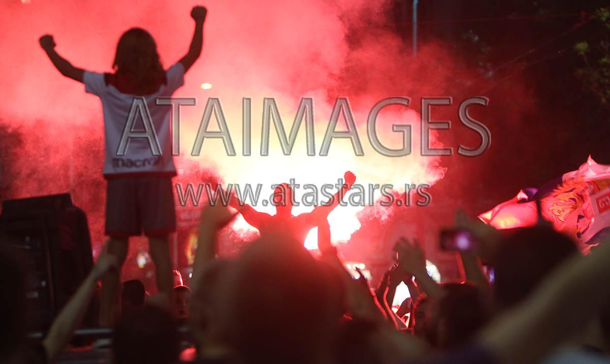 Uefa čeka izveštaj delegata o navijačima Zvezde