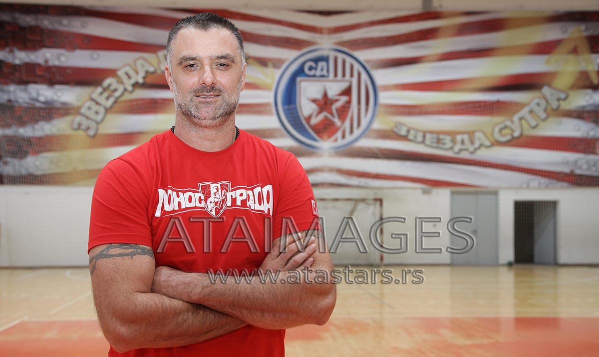 Peruničić nije više trener rukometaša Zvezde