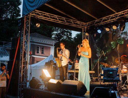 Lena Kovačević održala sjajan koncert u Botaničkoj bašti