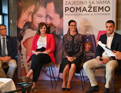 """Kompanija Henkel pokrenula akciju podrške Crvenom krstu Srbije """"Zajedno sa vama pomažemo porodicama kojima je to potrebno"""""""