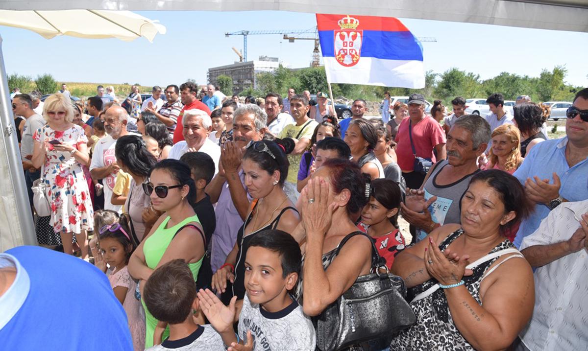 Trideset romskih porodica uselilo se u nove kuće u Fruškogorskom naselju