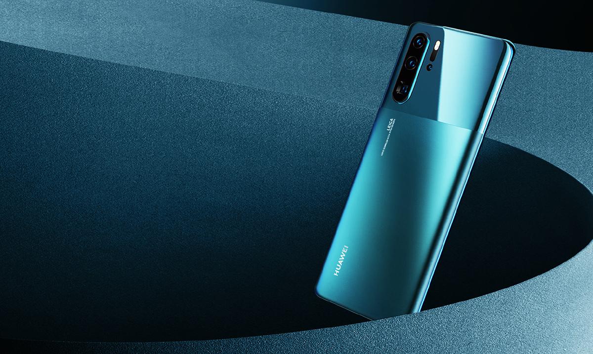 Huawei P30 Pro stiže u mistično plavoj boji koja će vas ostaviti bez daha