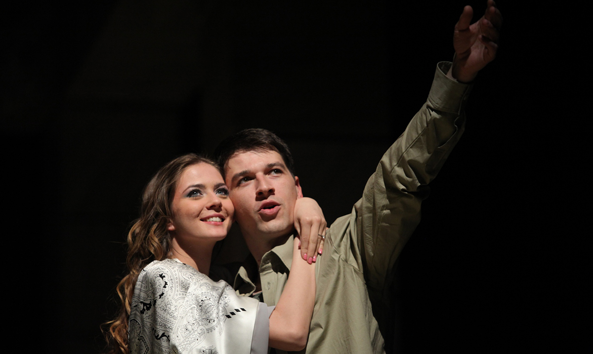 Novi glumci u predstavi Ana Karenjina