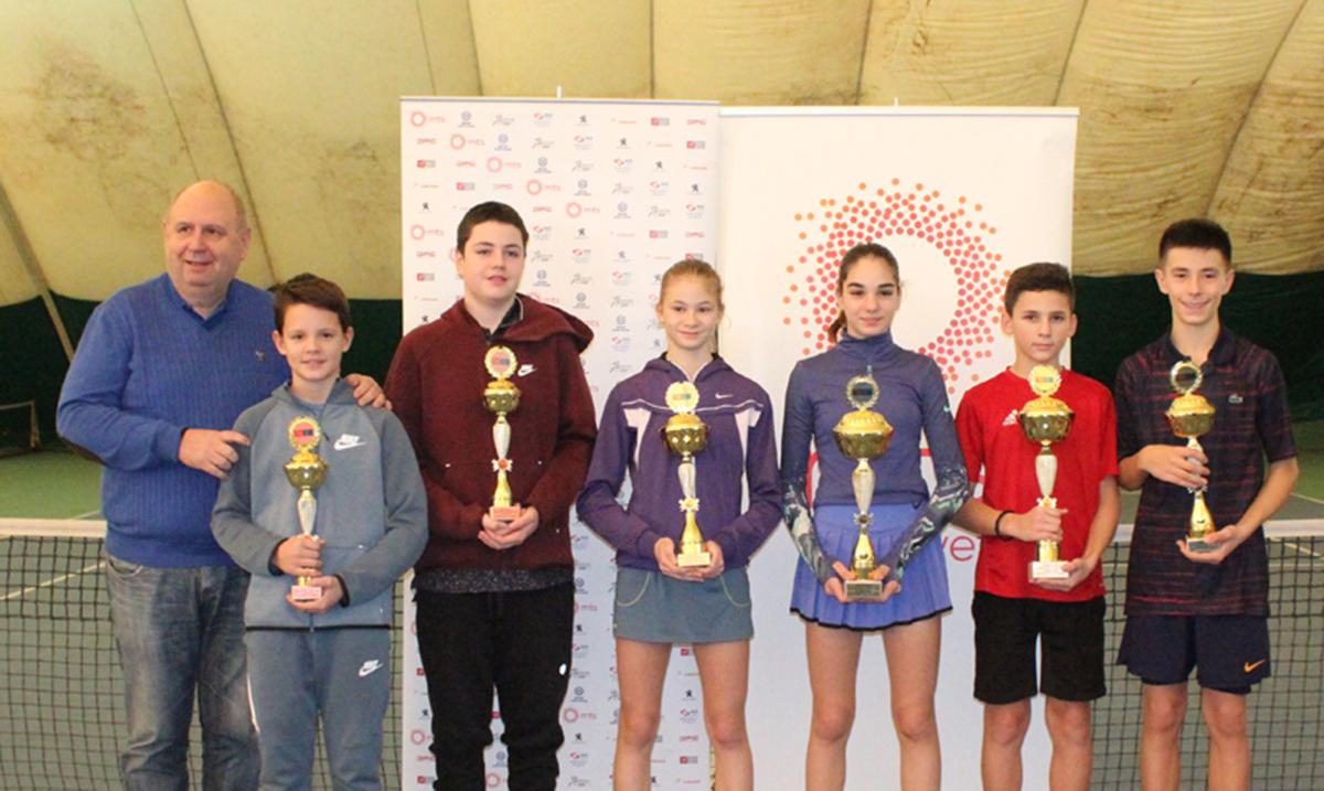 Tara Mihaljevići Danijel Krstevski dvoranski šampioni Srbije 2020. u konkurenciji do 14 godina
