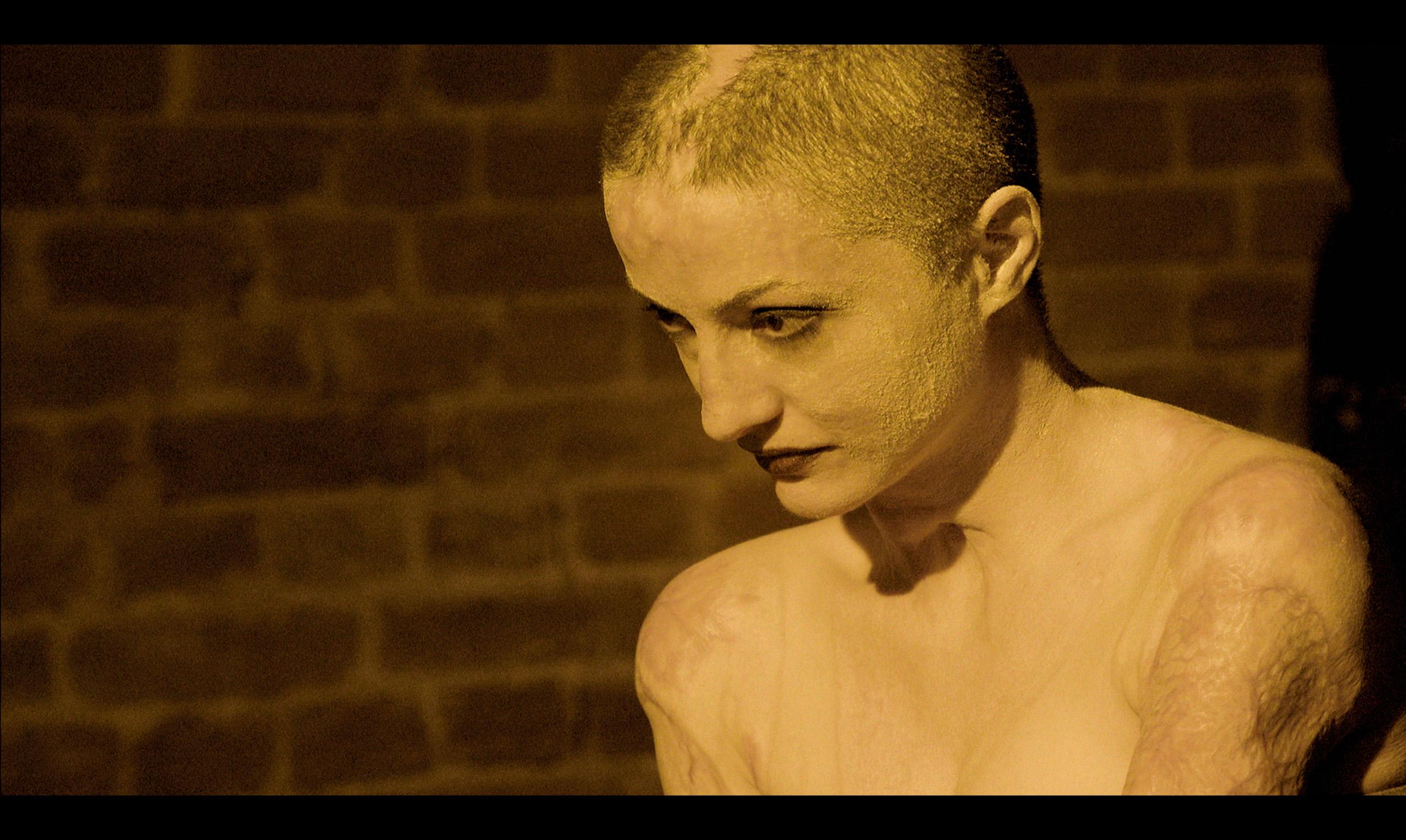 "Premijera dokumentarnog HBO Europe filma ""Kolektiv"" 4. junau21.45hnaHBOkanalu"