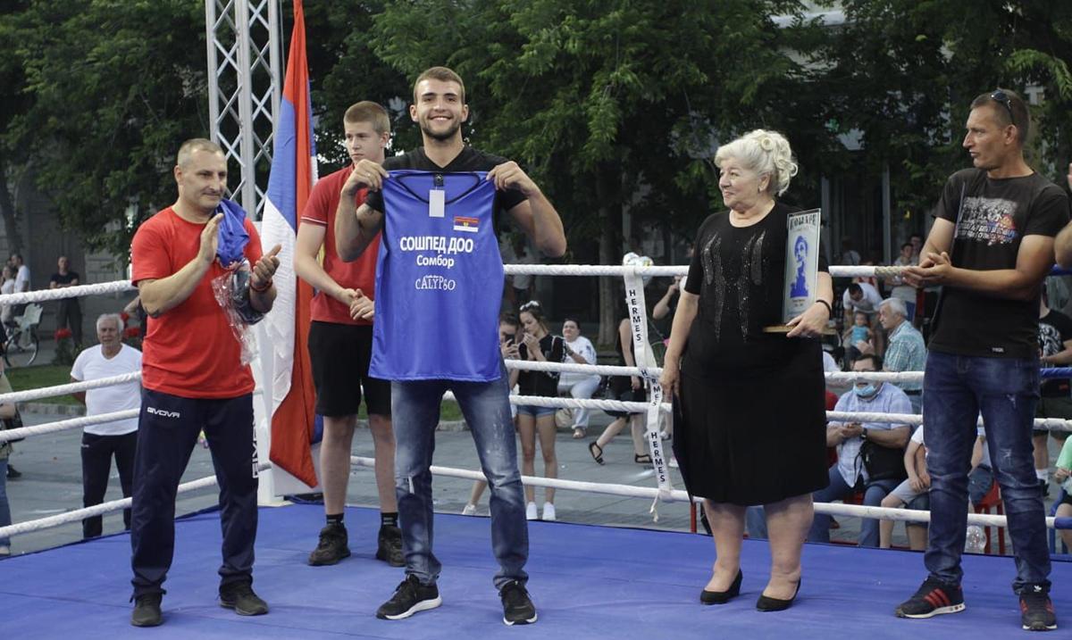Ražnatović će sledeće sezone boksovati za Sombor u Superligi Srbije