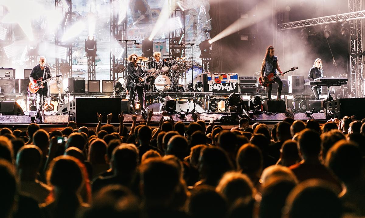 Subota veče uz EXIT TV i ekskluzivnu premijeru koncerta The Cure!