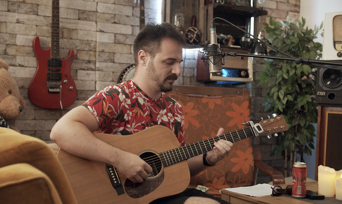 Ivan Milenković najavljuje prvi solo album sa Bluz Mašinom