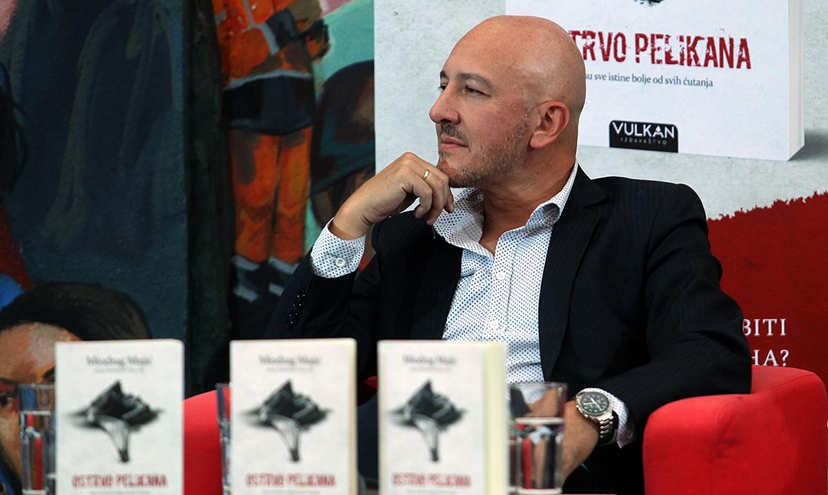 Održana promocija romana Ostrvo pelikana Miodraga Majića
