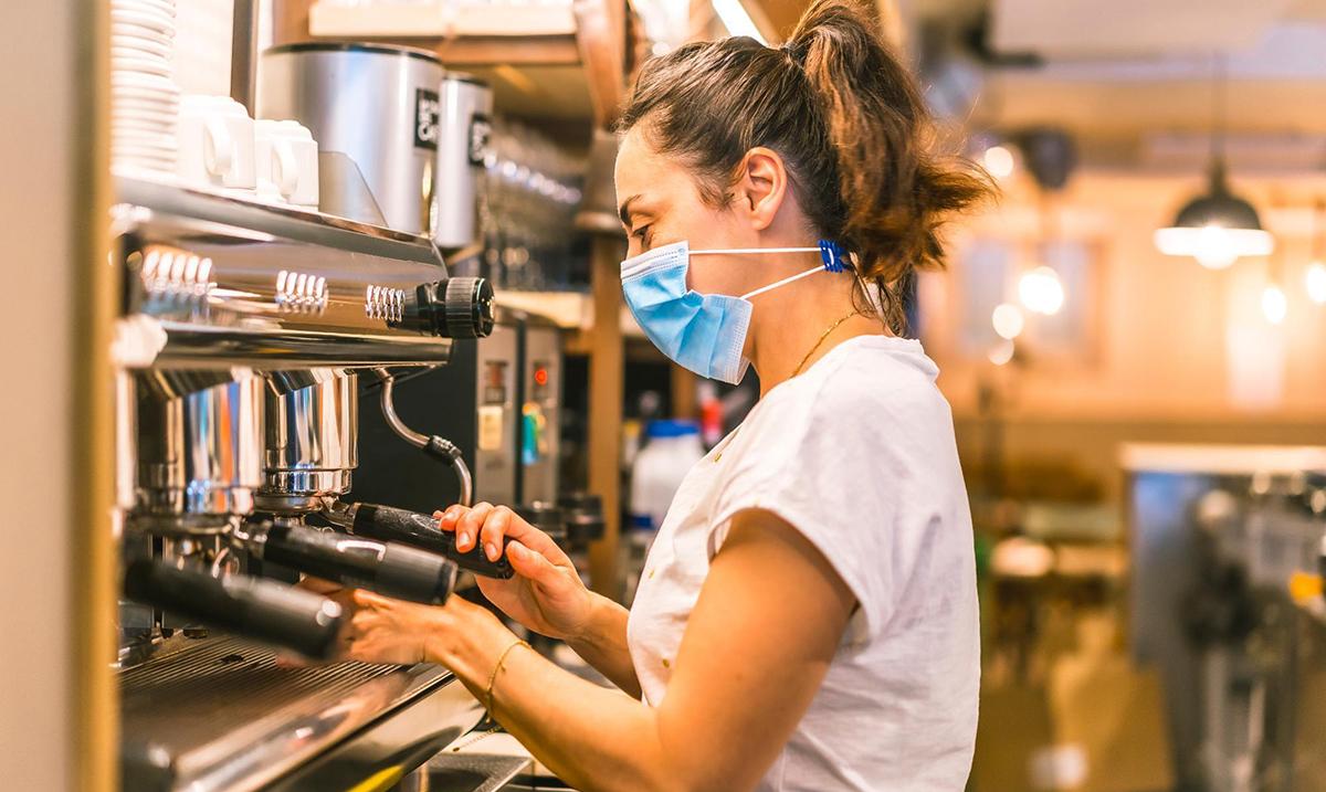EIB i Erste Banka potpisale kreditnu liniju od 30 miliona evra za brzi oporavak malih, srednjih i srednje kapitalizovanih preduzeća u Srbiji