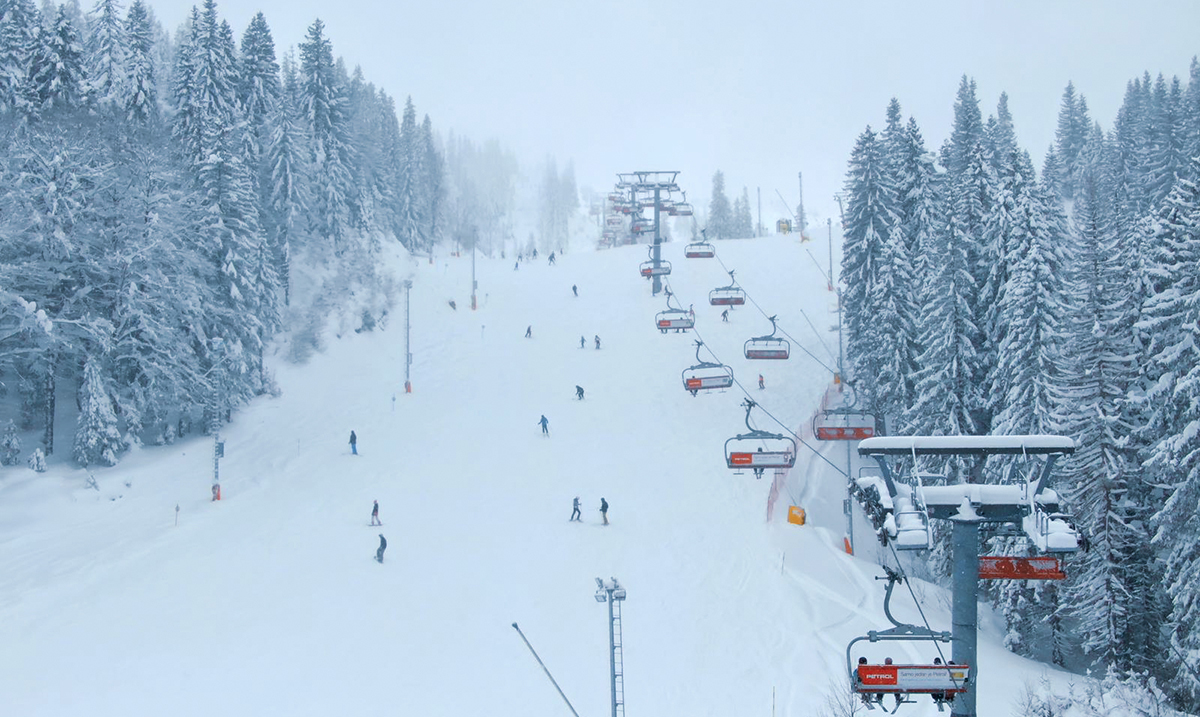 Više od 2 metra snega na Jahorini